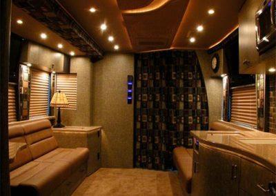 Thriller+Front+Lounge+Forward1