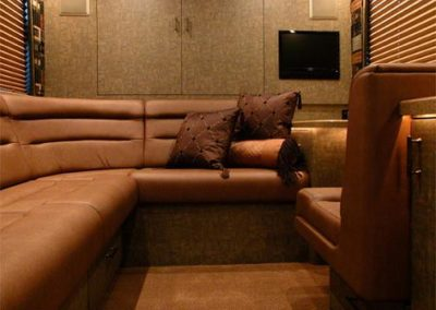 Thriller+Rear+Lounge